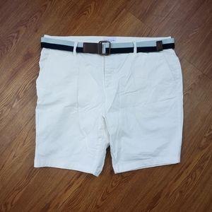 FiveFour White Shorts w/ Grey and Blue Belt